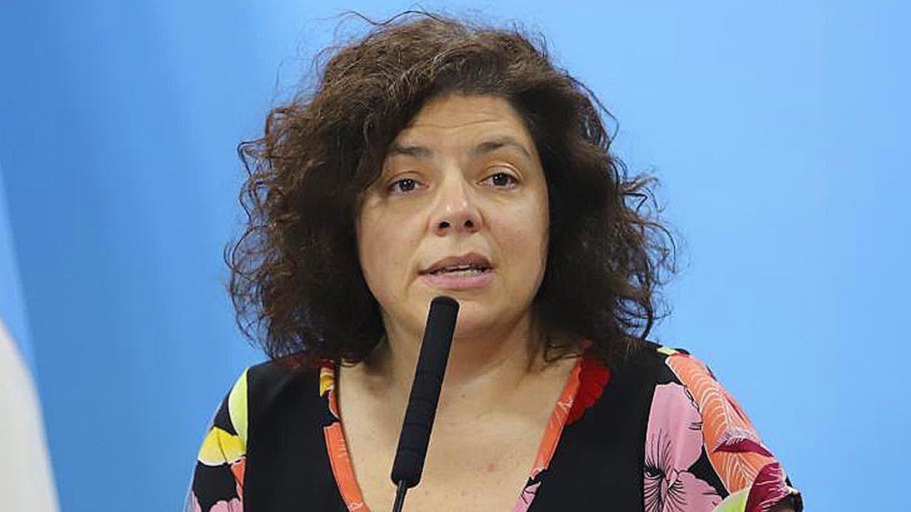 Reporte. La secretaria Carla Vizotti, dando el informe matutino.