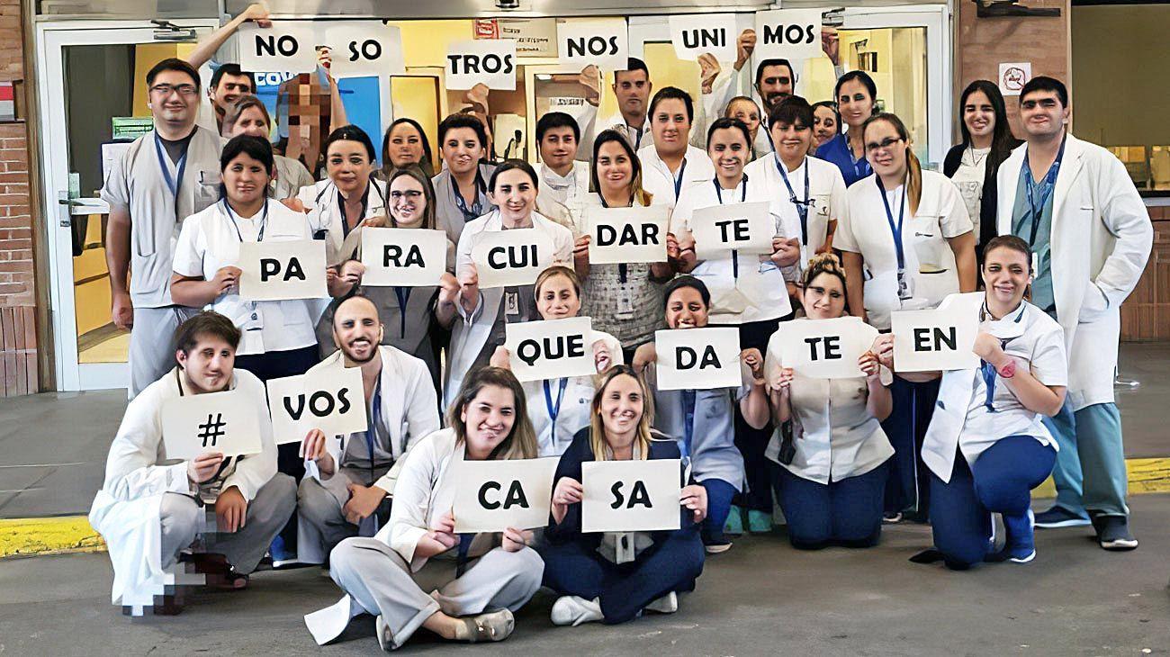 Quedate en casa. Profesionales de todo el país se suman a esta consigna. Las mujeres predominan en servicios de salud.