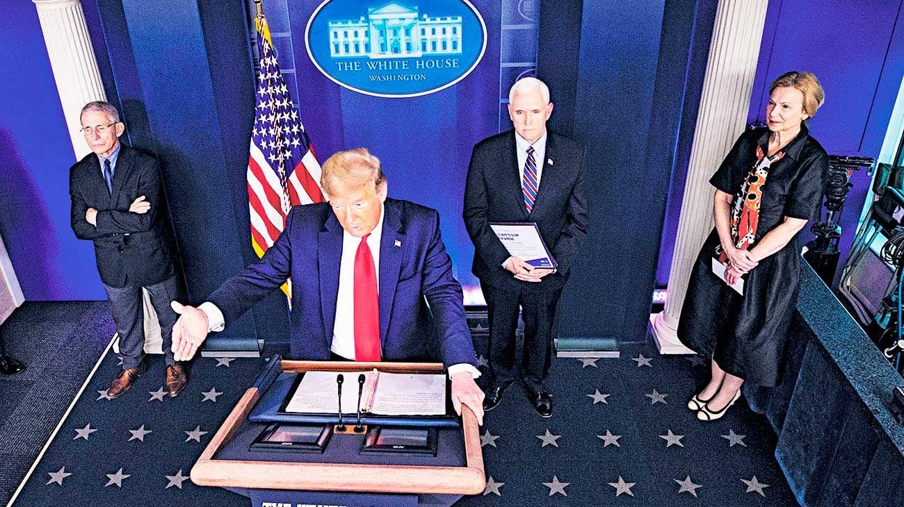 Trump. Aprobó un millonario paquete de medidas. Volvió el Estado.