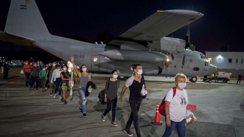 Dos hércules llegan esta noche de Cusco. Habían repatriado a otros argentinos de Lima.