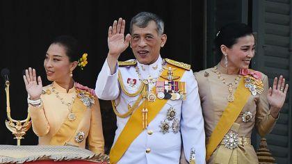Tormenta en Tailandia: la cuarentena de lujo del rey con un harén ...