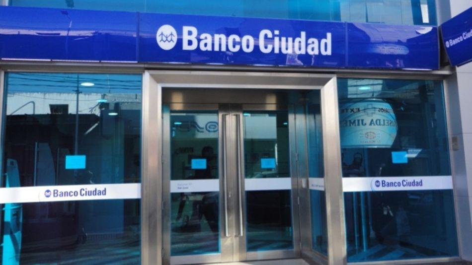 Los bancos abrirán un registro de voluntarios para atender en esas jornadas.