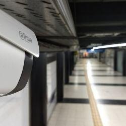 Fue colocada en la estación Independencia de la Línea C, en la zona donde combina con Línea E.
