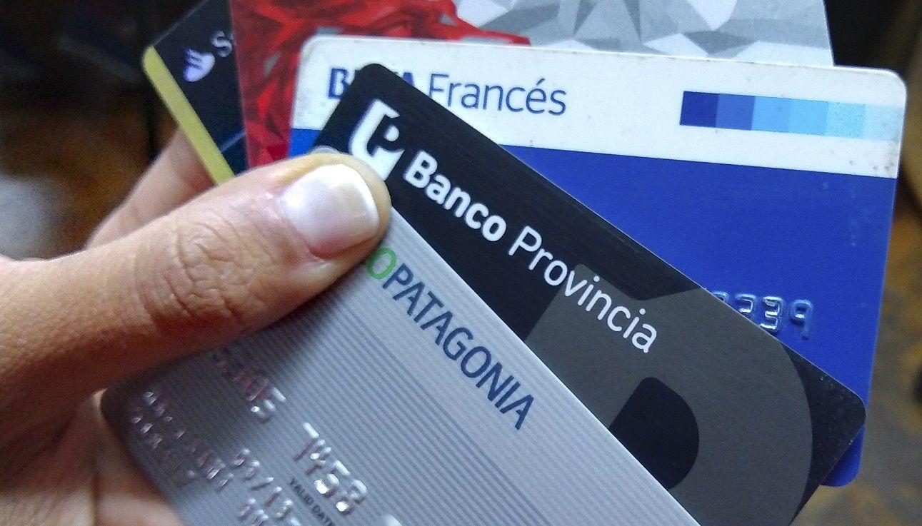 El Banco Central postergò el plazo de pago de las tarjetas de crédito