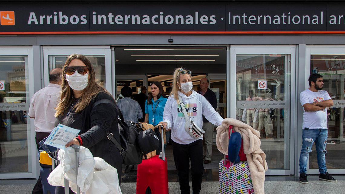 Up to 500 Argentines can be repatriated every day, according to a new decree.