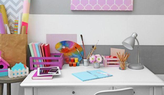 Una manera de incentivar a los chicos es creándoles su propio espacio de estudio.
