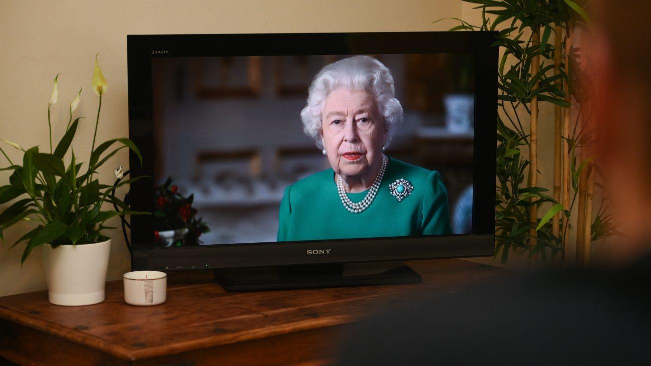 La reina Isabel II de Gran Bretaña pronunció este domingo un discurso extraordinario para animar a los británicos a superar la crisis provocada por la epidemia de coronavirus.