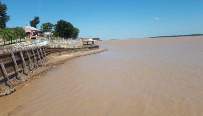 La bajante crítica del Paraná, sumada a la Pandemia, causa estragos en el Litoral.