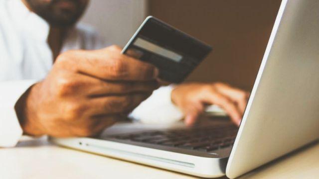 coronavirus economia tarjeta de credito online comprar pagar internet