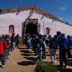 La capilla de Punta Corral protege a la virgen hasta que la bajan a Tilcara.
