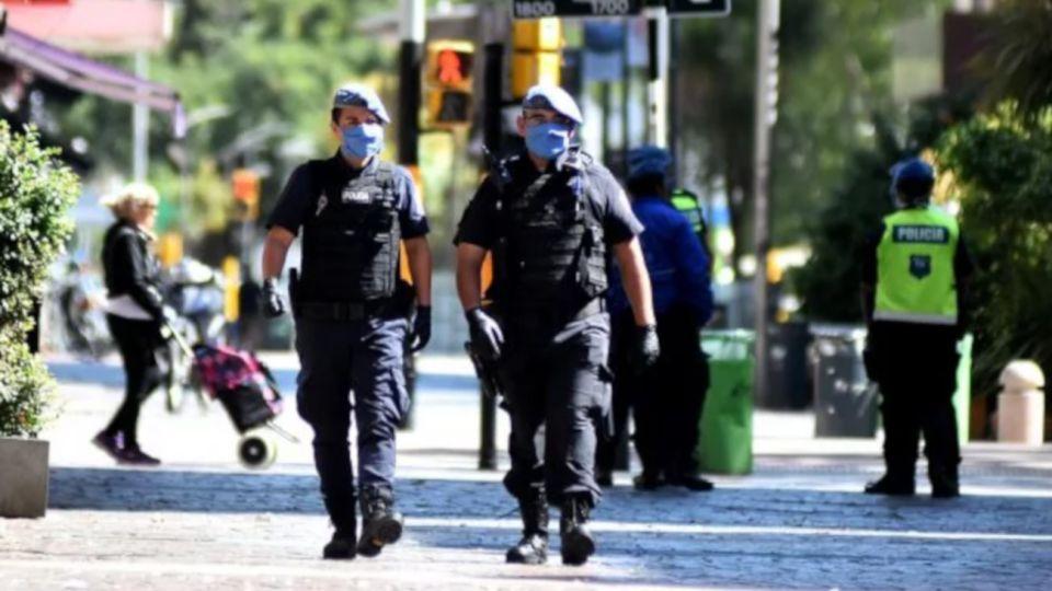 2020 04 08 Policia Bonaerense Coronavirus Patrullaje