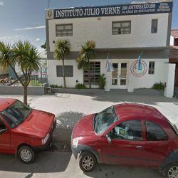 Instituto Julio Verne. | Foto:Cedoc.