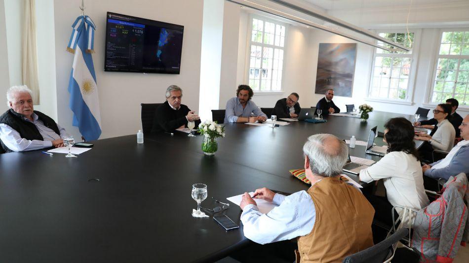El Presidente y su gabinete, en Olivos analizando el curso que tendrá la cuarentena.