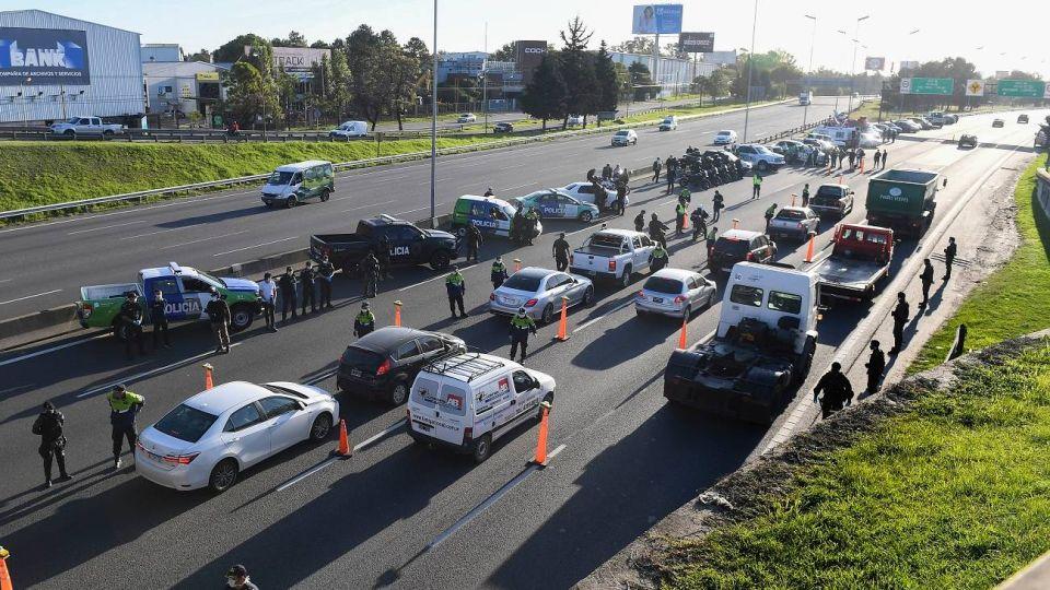 Puestos de control que realizó la policía provincial en la Panamericana, mano hacia el norte.