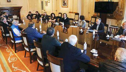Diálogo. El jefe de Gabinete dialogó con industriales y sindicalistas durante la última semana.
