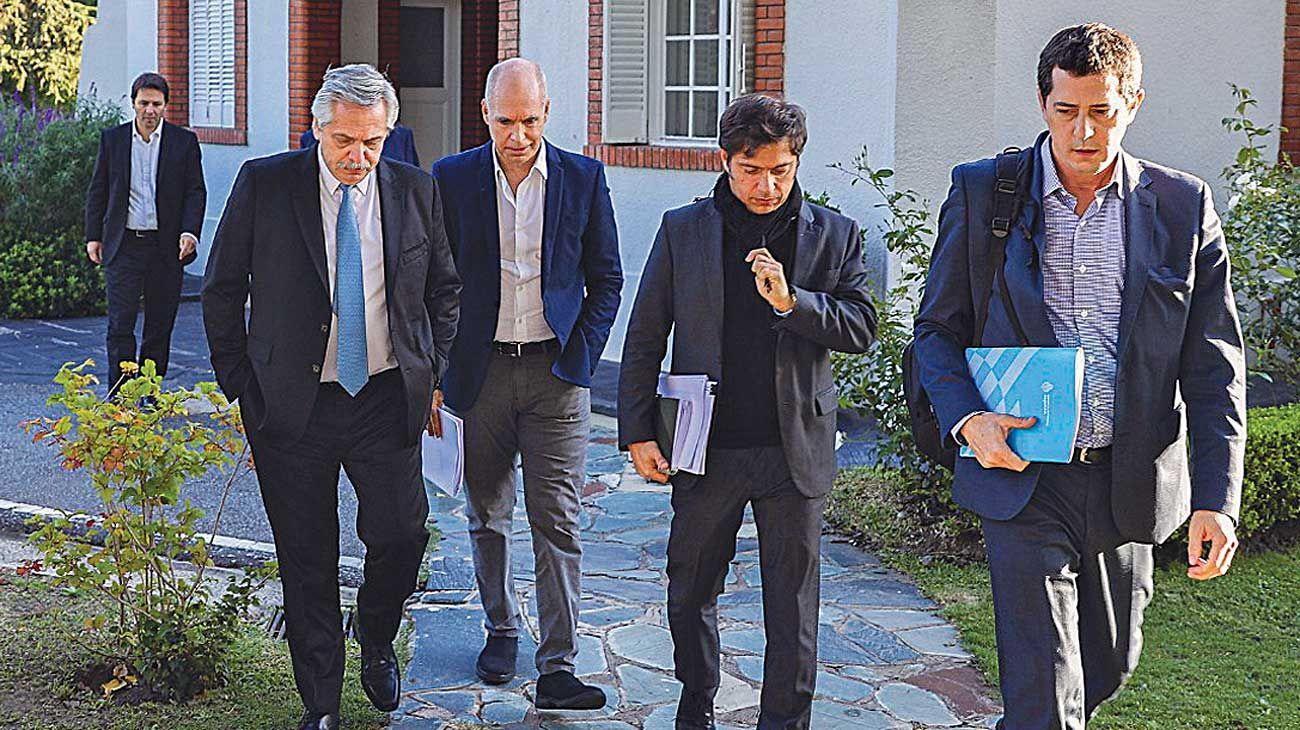 Sin grietas. El Presidente convocó a Rodríguez Larreta y Kicillof a Olivos para la videoconferencia con los gobernadores.