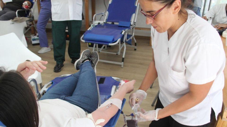 La donación de sangre cayó 80% por el coronavirus.