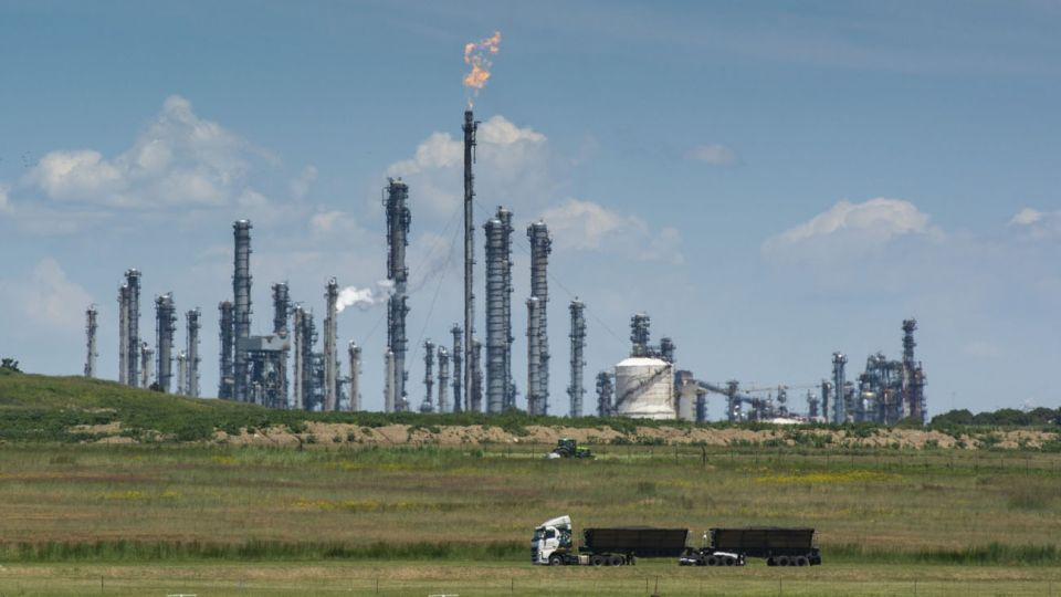 Cae el consumo de petróleo a nivel mundial.