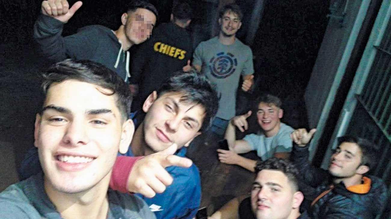 Aislados. Los ocho rugbiers están detenidos en la alcaidía de Melchor Romero. No tienen contacto con el resto de los presos y salen al patio dos horas por día.