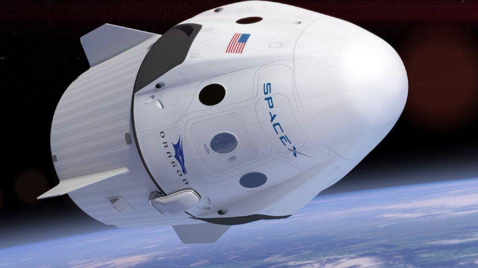 La nave Crew Dragon se prepara para su primer viaje al espacio