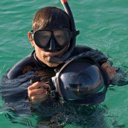 El explorador mexicano de National Geographic, fotógrafo y biólogo marino Octavio Aburto formó parte de la expedición y producción del documental Revillagigedo, el México más salvaje.
