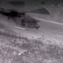 Con helicóptero equipado con sistema de visión nocturna, el náufrago fue avistado en una isla del delta neoyorquino.