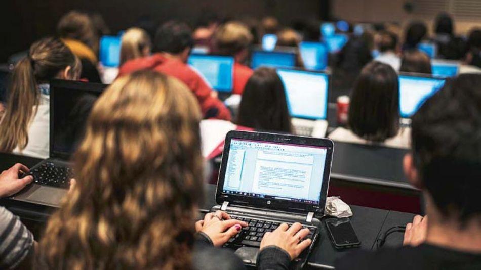 Piden que liberen Internet para estudiantes y docentes de escuelas públicas