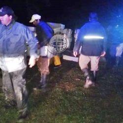 Las fuerzas de seguridad interceptaron un camión y nueve lanchas que estaban violando la veda.