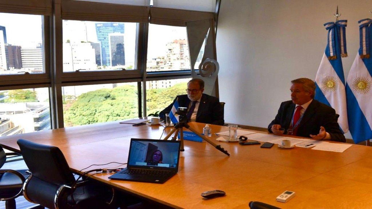 El ministro Solá mantuvo una teleconferencia con empresarios de EE.UU.