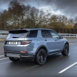 El Land Rover Discovery Sport cuenta con un motor naftero de 1.5 tricilíndrico y ocho velocidades.