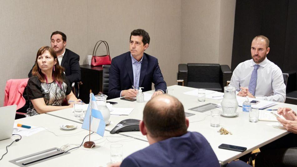 Guzman De Pedro y Batakis con ministros provinciales