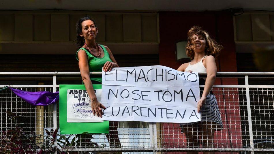 Manifestaciones desde los balcones en tiempos de cuarentena 20200423