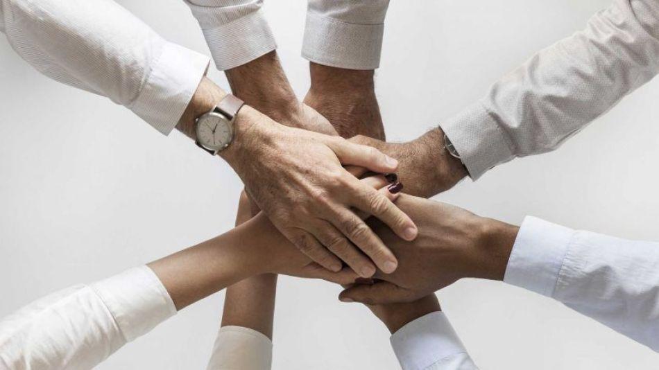 manos equipo trabajo union