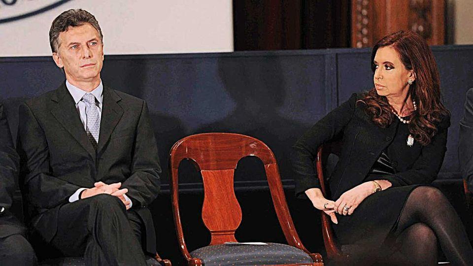 Liderazgo. Mauricio y Cristina imponen confrontación y antagonismo.