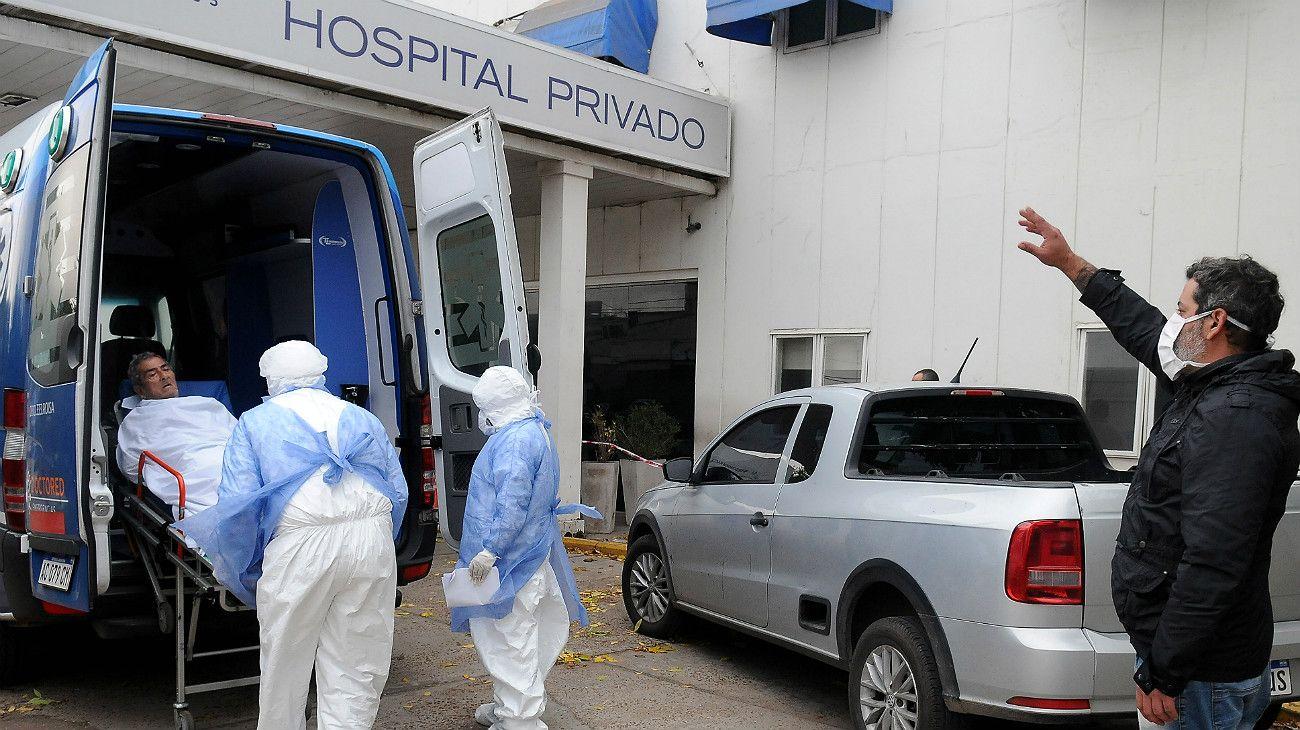 Coronavirus: geriátricos, cárceles, villas y el personal de salud, los factores de riesgo que preocupan.