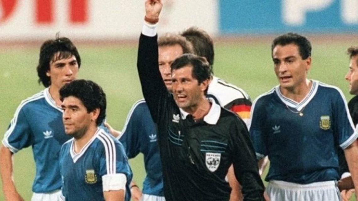 """Codesal, árbitro de la final de Italia 90: """"Maradona es una de las peores personas que he conocido"""""""
