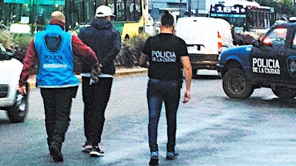 20200425_preso_cuarentena_policiadelaciudad_g