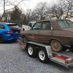Un aficionado estadounidense encontró uno de los Renault 12 usados por la NASA.