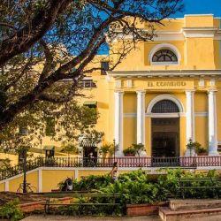 El Convento fue el primer hotel de Puerto Rico con el sello Small Luxury Hotels of the World y cuenta también con el distintivo de Historic Hotels of America.