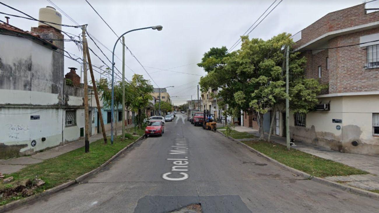 El crimen ocurrió en una vivienda ubicada en la calle Molinedo 2236, Lanús.