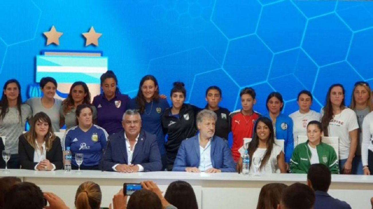 Jorge Barrios aseguró que el apoyo de AFA al fúbol femenino continuará.