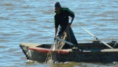 Corrientes blinda sus rios y prohibe la pesca artesanal.