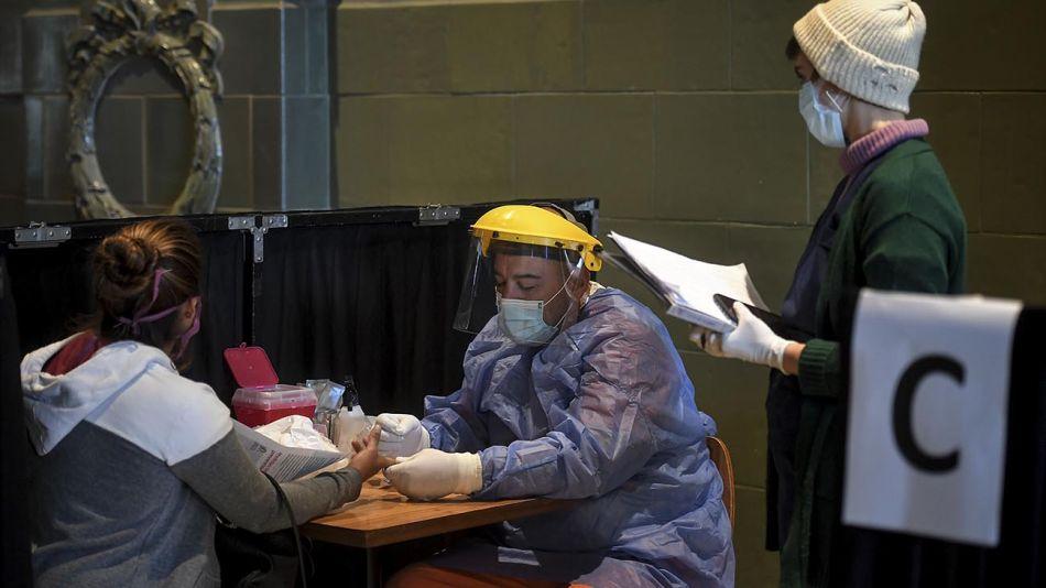 Buenos Aires: Testeos de COVID-19 en Retiro 20200428