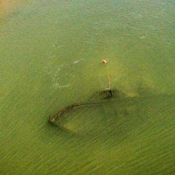 Barco hundido enfrente a Ita Ibaté, Corrientes.
