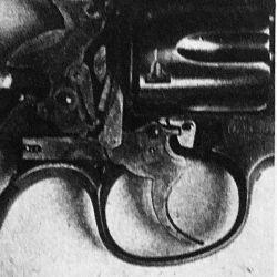 Así probábamos dos revólveres en Weekend de noviembre de 1979.