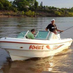 En las embarcaciones se debe respetar la distancia de 1,5 metros entre cada persona.