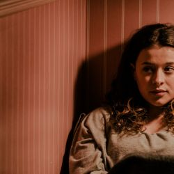 """La película revela los graves padecimientos que Alex atravesó a partir de su """"salida del closet""""."""