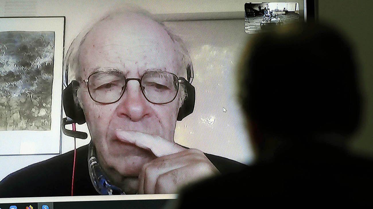 Entrevista de Jorge Fontevecchia a Peter Singer, Filosofo Australiano.