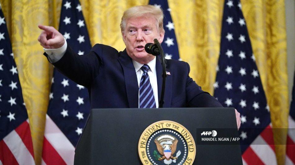 El presidente Donald Trump, hablando en la Sala Este de la Casa Blanca en Washington.