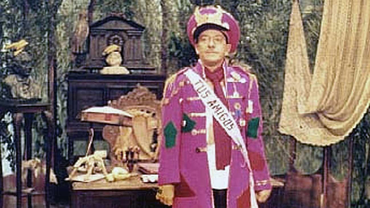 Recuerdo. El actor Alberto Olmedo, en su personaje del dictador de Costa Pobre.